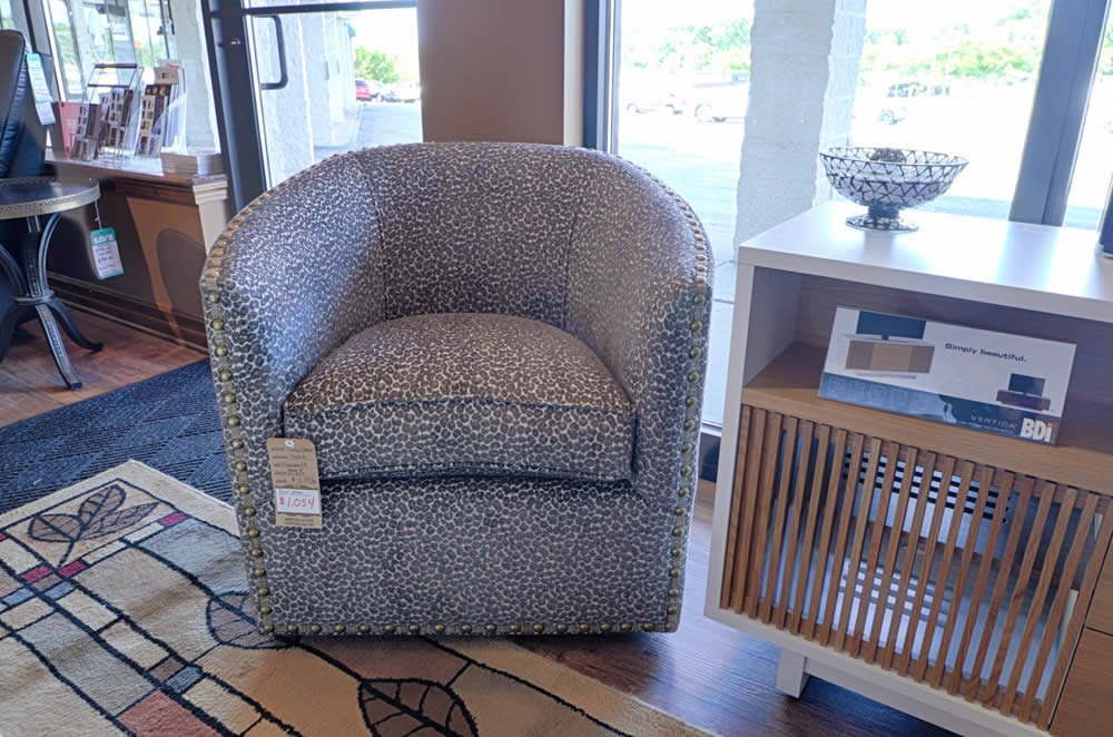 Norwalk Furniture 14